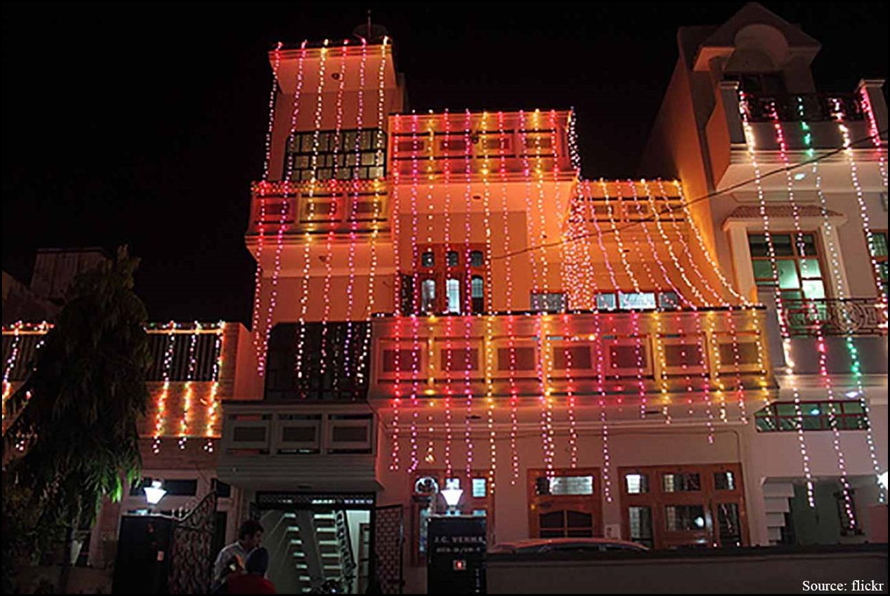 How To Decorate Home With Light In Diwali 4