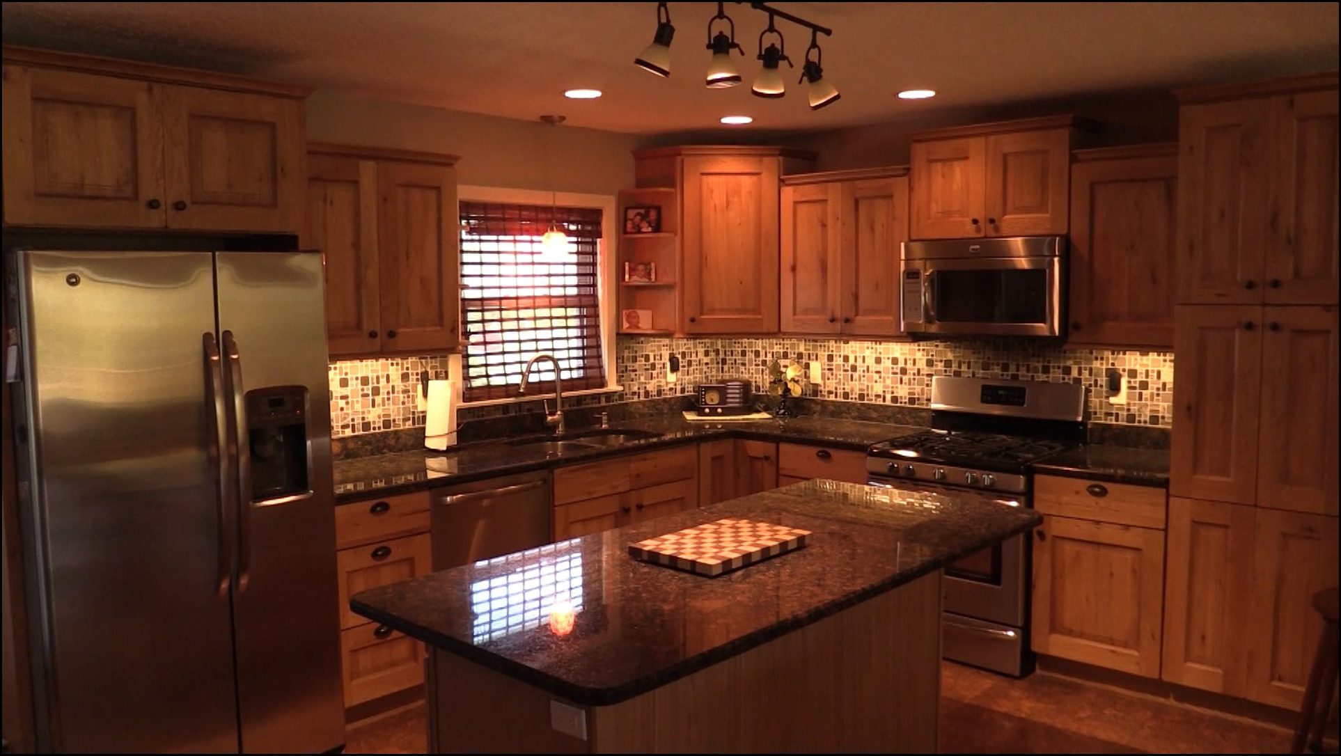 how to install lights under kitchen cabinets how to install lights kitchen cabinets 4 17072