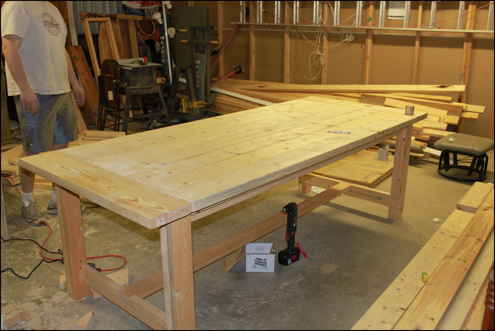 Making a dining room table