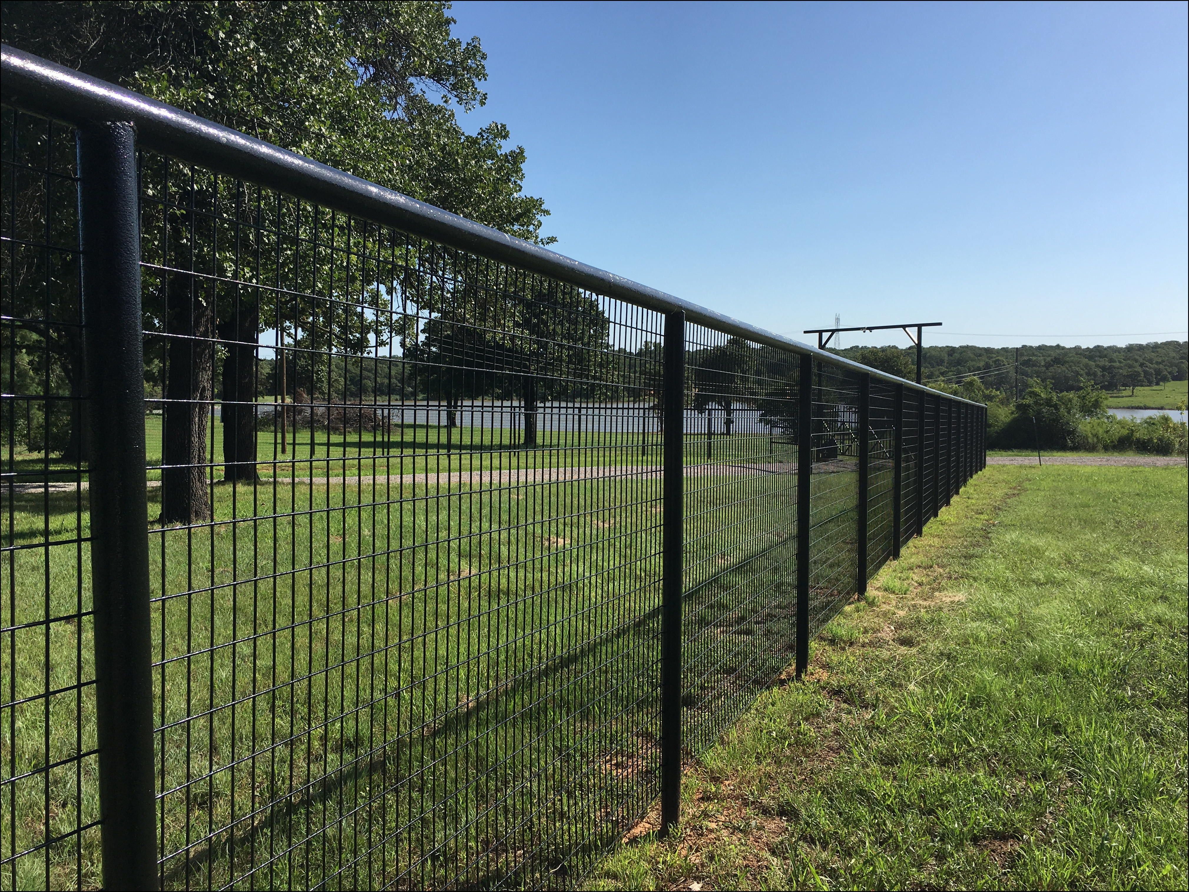 Images of White Pipe Fence - #rock-cafe