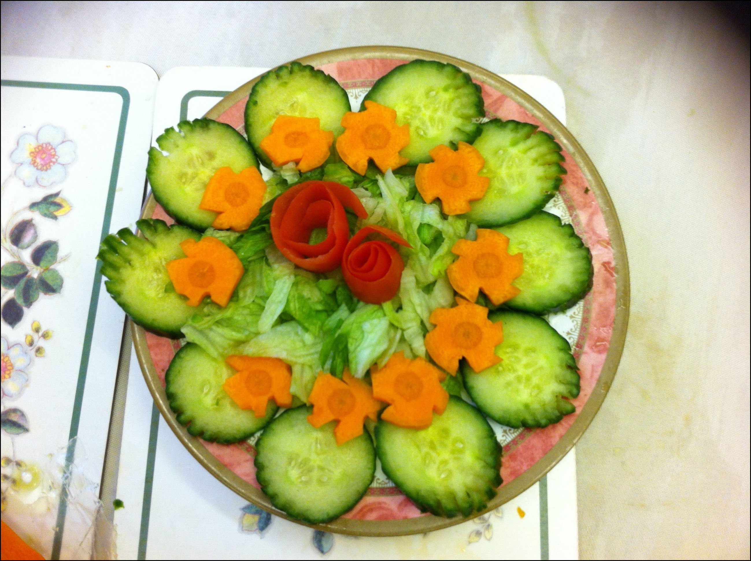 Elegant Vegetable Salad Decoration Concepts Style