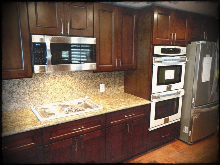 10x10 Kitchen Cabinets Under $1000