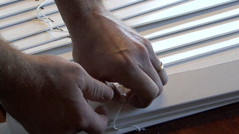 Blinds Repair