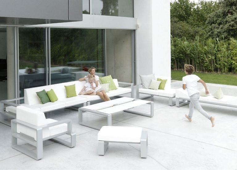 Outdoor Contemporary Furniture